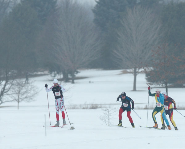 Leaders arriving at the 5K mark in the Frosty Freestyle 15K cross country ski race