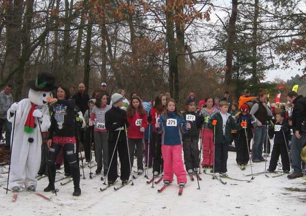 Frosty the Snowman getting ready to lead the kids out at the SELCRA Frosty Kids cross country ski race