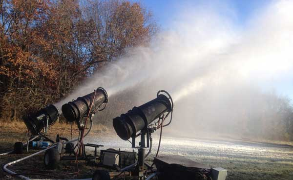 Huron Meadows has 3 snow guns for its cross country ski trails