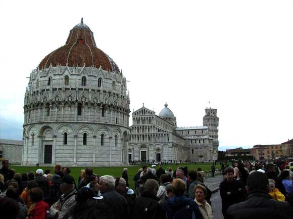 Sight seeing in Pisa, Italy