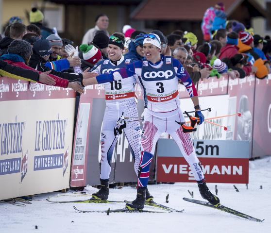 Simi Hamilton celebrates his second place in Toblach. (Getty Images-Trond Tandberg)