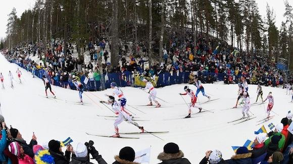 The 30k classic field early on. The race was defined by an early break from Norway's Therese Johaug. The U.S. placed three women in the top 20. (Mike Hewitt / Getty Images)
